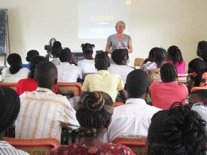 Conferencia magistral en la Escuela de Enfermería