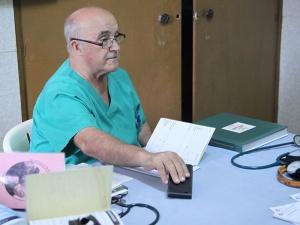 El Hno. Manuel entrevistado en La Voz de Galicia