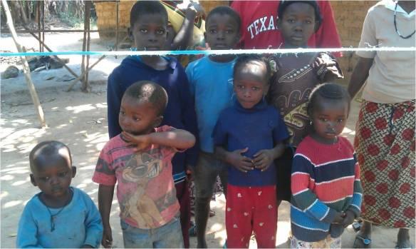 Niños en quarentena cercanos al hospital de Mabesseneh