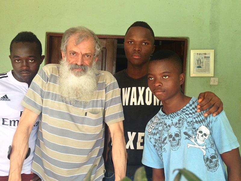 Encuentros emotivos en nuestro viaje a Sierra Leona: niños Cuida'm (1/4)