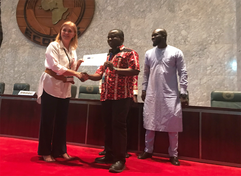 """Br. Michael M. Koroma, participó en este entrenamiento en nombre del """"Christian Health Association Sierra Leone """" (CHASL)"""