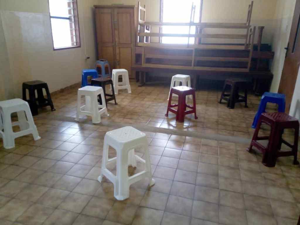 Preparativos en el Sanit John Catholic Hospital de Mabesseneh ante la posible escalada de la pandemia por Covid-19